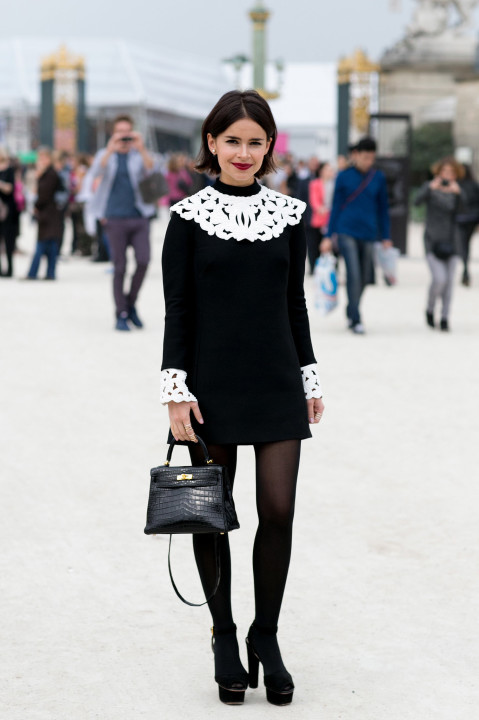 Outside-Viktor-Rolf-Miroslava-Duma-did-prim-play-black