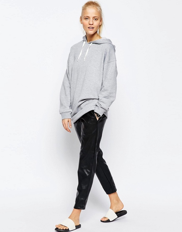 ASOS Oversized Pullover Hoodie €35.21